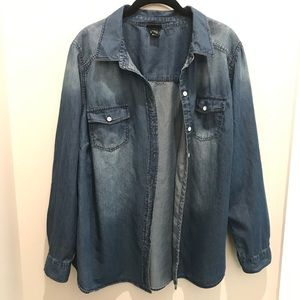 Torrid Chambray button up Size 2X (Torrid size 2)